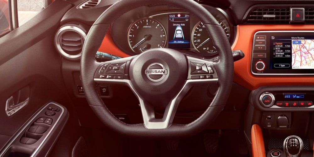 volante do Nissan Micra