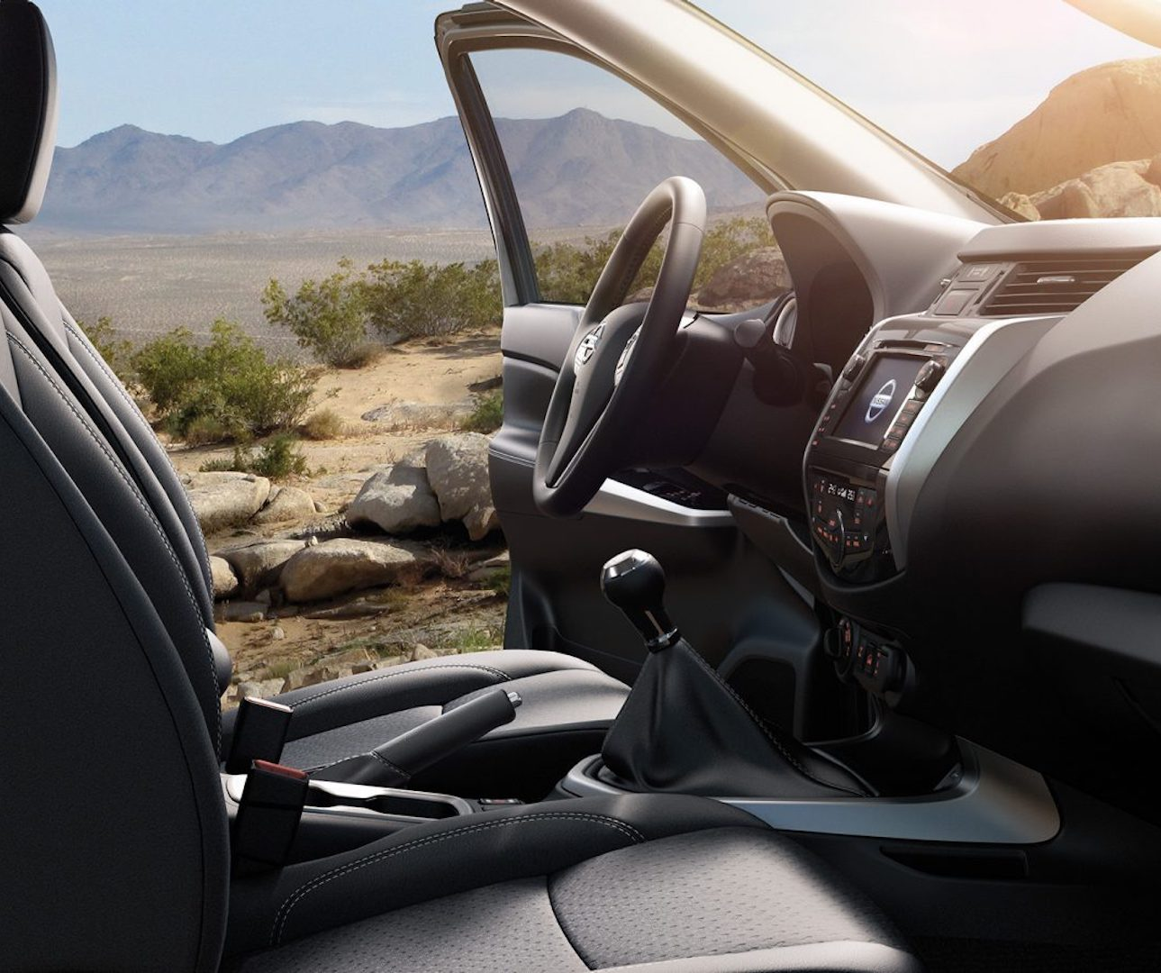 interior do Nissan Navara