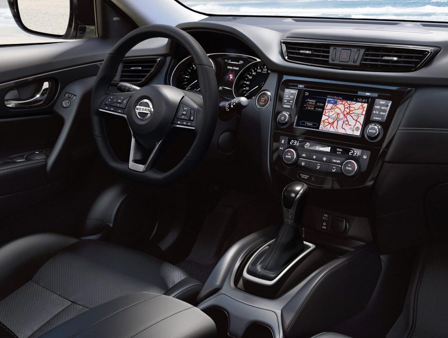interior do Nissan X-Trail
