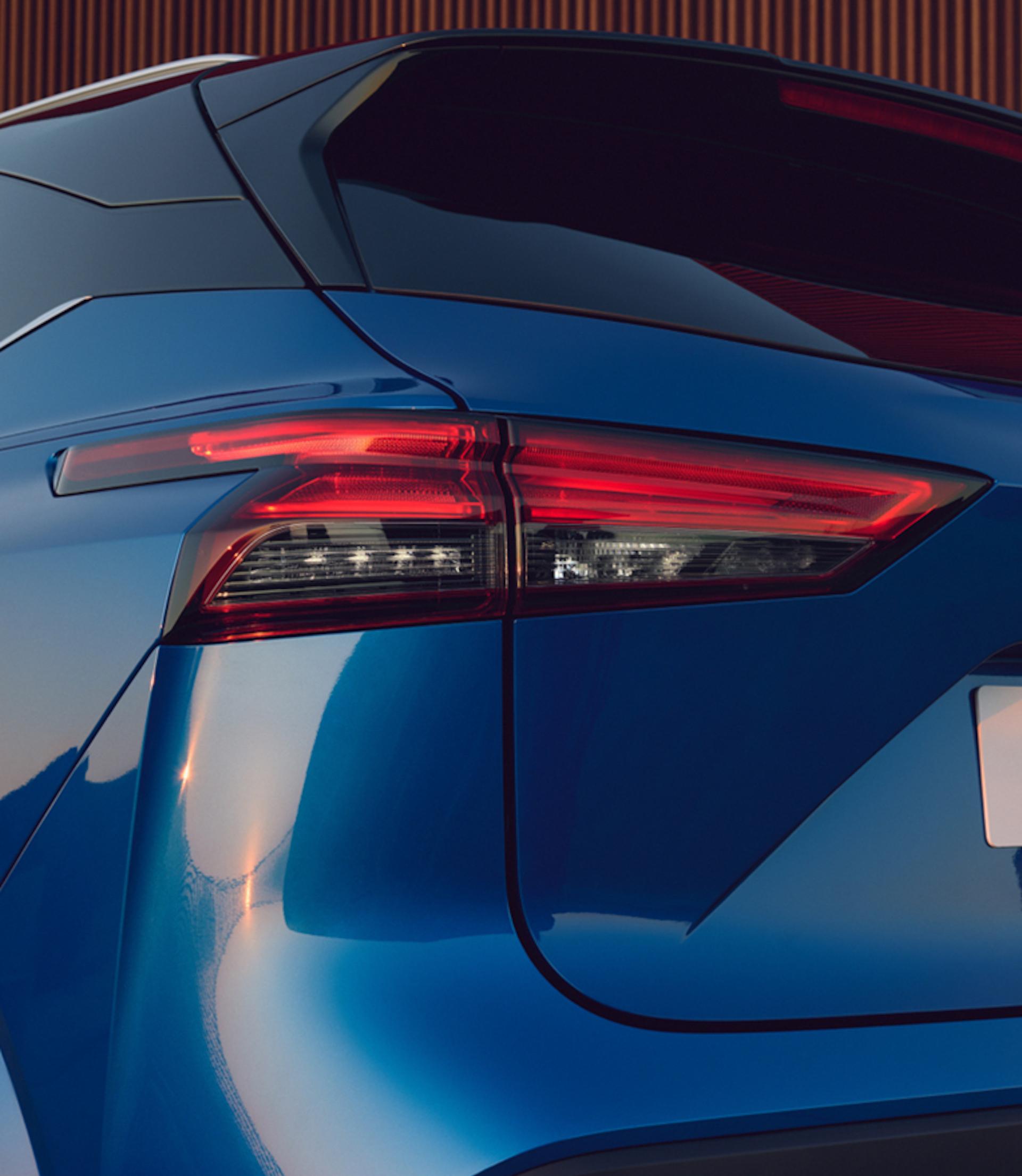 Nissan Qashqai em azul